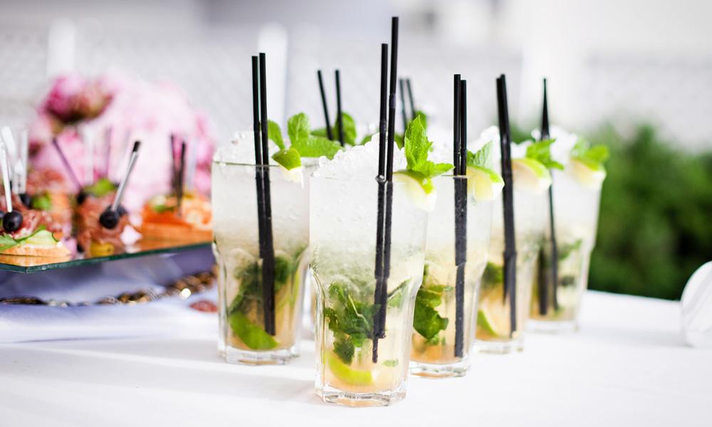 Mehrere Cocktails